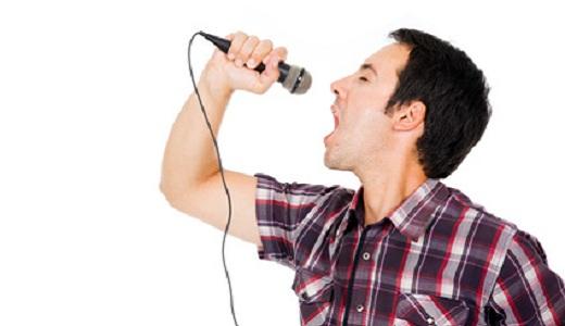 Singender Junggeselle